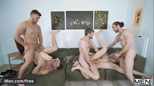 Amigos fazendo suruba amadora em um belo filme porno