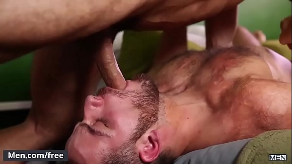 Novinho safado fodendo o rabinho apertado de seu parceiro em um belo porno